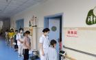 我院为福利院儿童进行健康体检